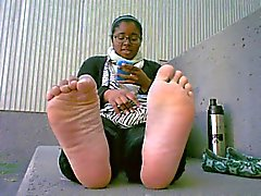 Ebony Wide Smelly Soles