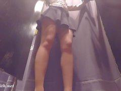 nudité en public upskirts nylon talons hauts collants