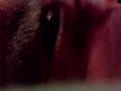 amateur close-ups milfs