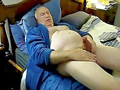 gay daddies masturbation men old young