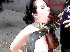 bdsm bdsm lezbiyen metresi esaret zalim seks sahneleri egemenlik