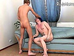 бисексуал минет женское страпон