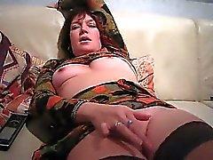 amateur pipe brunette