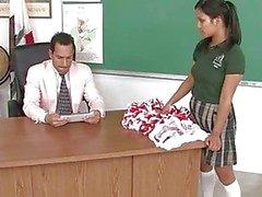 asiatico pompino aula studentesse nude