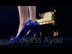 femdom findom high-heels