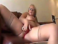 amateur arsch oma masturbation