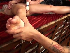 chica torcedura chica bdsm cosquillas cosquillas tortura pies cosquillas