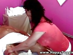 massage secousses asiatique gros seins