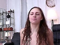 babe brunette fetish masturbation squirting