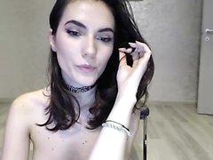 amateur brunette solo