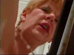 amatör anal ninelerin ağzına boşalmak amerikan