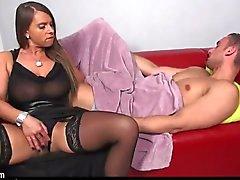schwarzhaarig big tits amateur strümpfe