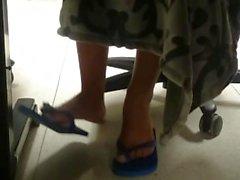 candid-feet female-feet foot-fetish ebony-feet college-feet