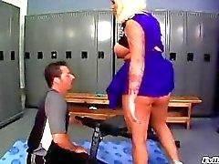 kont likken grote tieten blondjes cheerleaders milf