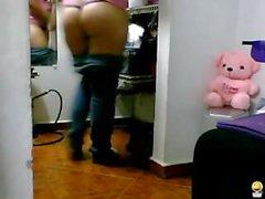 teasing latin latina striptease
