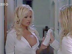 pamela-anderson jenny-mccarthy celeb celebrity