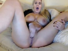amateur big boobs close-up masturbation solo