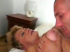 peitos grandes loira avó peludo hardcore