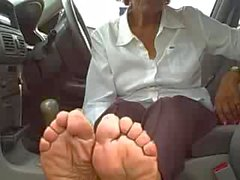 old mature feet soles