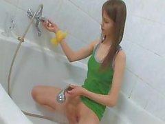 fetish girlfriend pissing shower