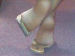 latin kink black candid-feet