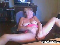 amateur big boobs oma