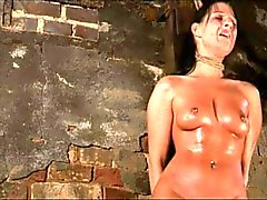 bdsm brunetit hardcore selkäsauna