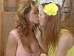 deauxma syren demer milf lesbian