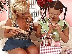 dildos lesbian moms and teens