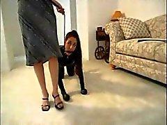 femdom jalka fetissi lateksi