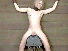 bdsm blondine fetisch kleine titten