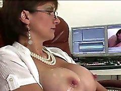gros seins pipe brunette doigté