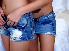 fingering lesbians massage orgasms teens