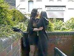 ingilizler lezbiyenler kamu çıplaklık
