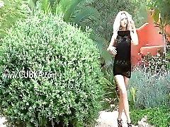 amateur blonde girl outdoor teen