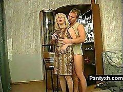blond mature nylon réalité russe
