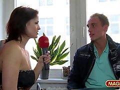 cunnilingus alemão ao ar livre striptease tits