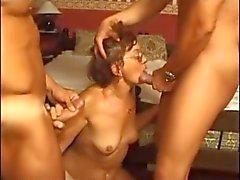 grannies amadurece threesomes