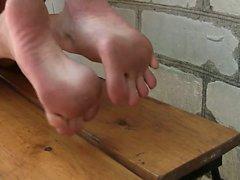 amateur babe fetish foot fetish
