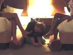 kink foot-slave foot-worship