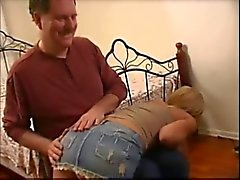 sarışınlar genç yaşlı porno şaplak