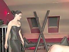 садо-мазо брюнетками женское трепка