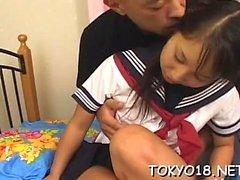 aasialainen hardcore japanilainen teini-ikäinen yhdenmukainen