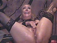 masturbating messy squirt masturbation milf