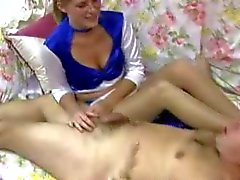 blondjes femdom handjobs