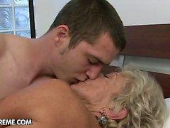 big boobs blondine blowjob oma behaart