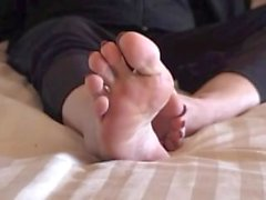 kink old feet foot