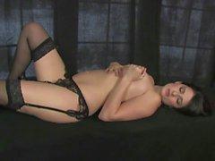 big boobs brunettes unterwäsche masturbation