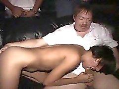 amateur pipe brunette sexe en groupe