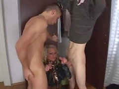 blowjobs bisexuals pussy